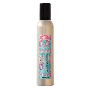 curl-moisturizing-mousse-davines-brush-palm-springs-hair-salon