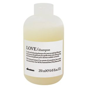 love-curl-shampoo-davines-brush-palm-springs-hair-salon