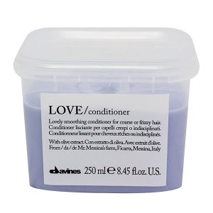 love-lovely-smoothing-conditioner-davines-brush-palm-springs-hair-salon